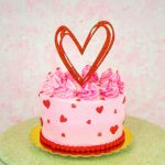 Torta con topper de Corazón